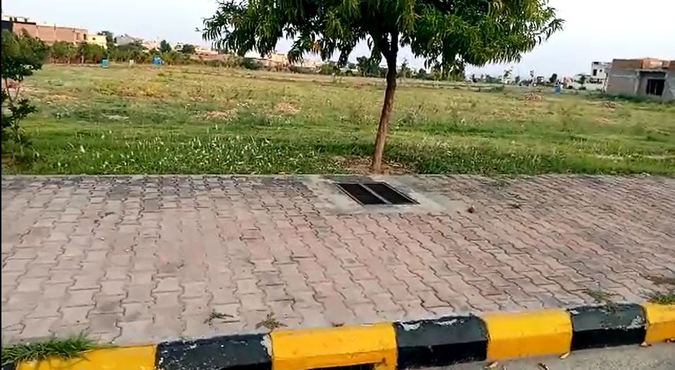 Pair Plots for Sale in Gulberg Greens Islamabad