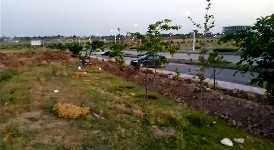 5 Kanal Corner Farm House Land for Sale in D-Block Margalla Avenue Gulberg Greens Islamabad