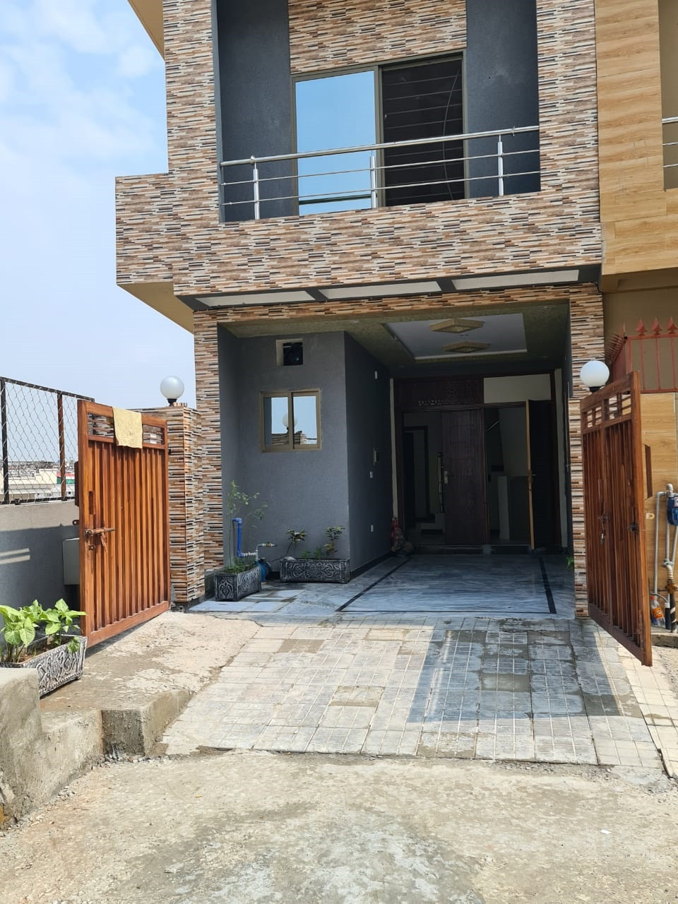 House For Sale at Hill View Point, Pakistan Town Islamabad