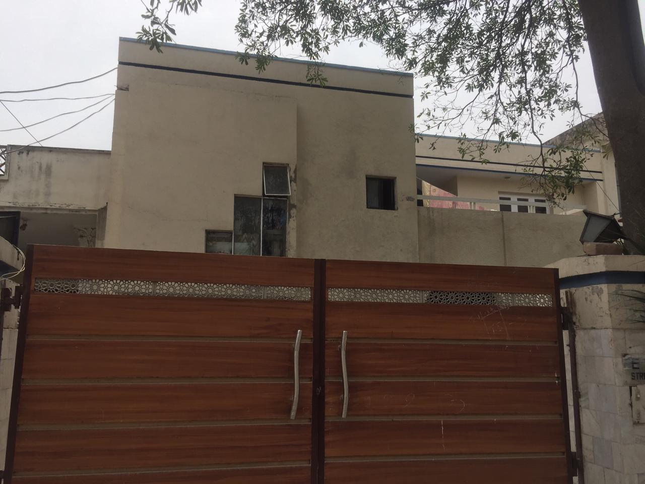 House For Sale in Cavalry Ground Lahore