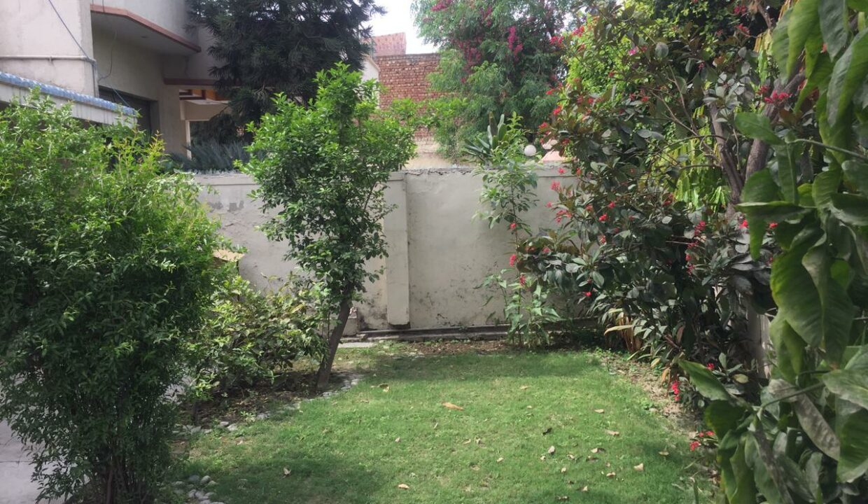 House For sale in Cavalry Ground lahore (3)