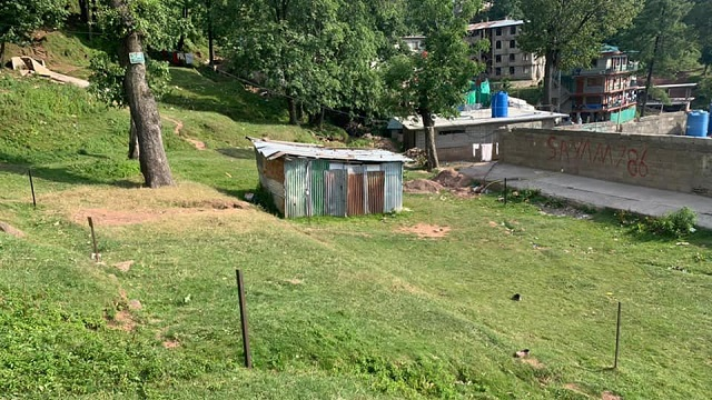 Plots for Sale in Murree mall road (1)